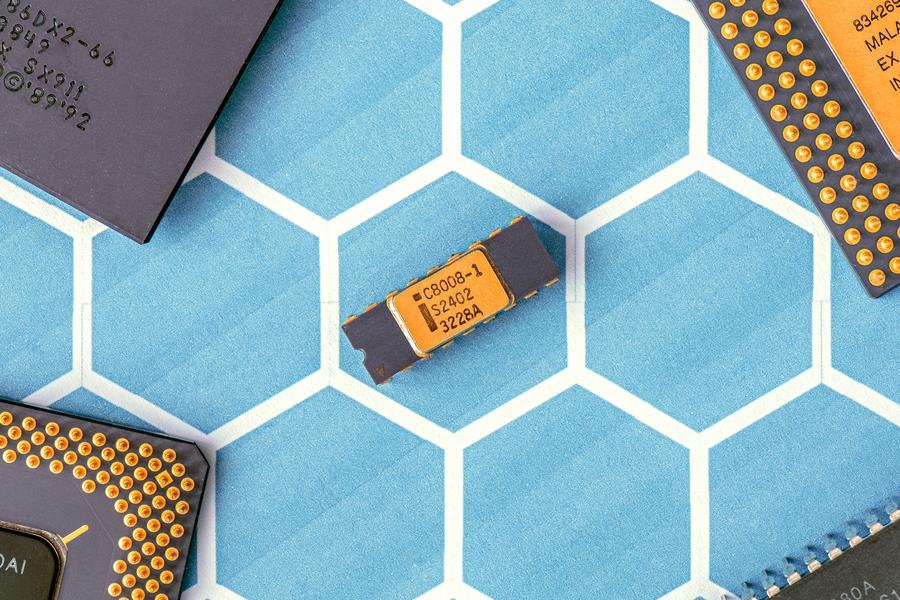 Semiconductor electronic integrated circuit
