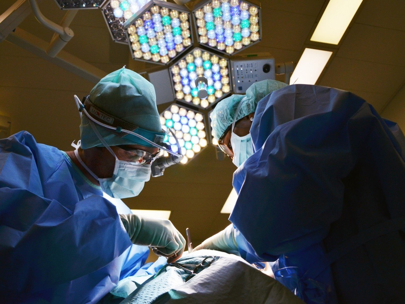 Remote Surgery Comes True with 5G Supported by Huawei & China Mobile