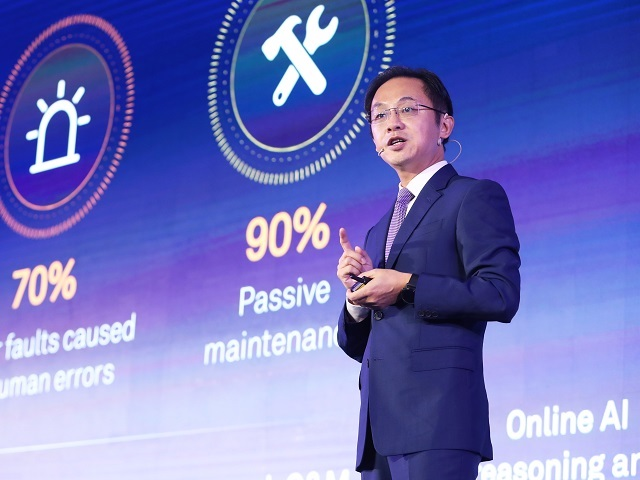 HongMeng Fades In as its Launch Approaches