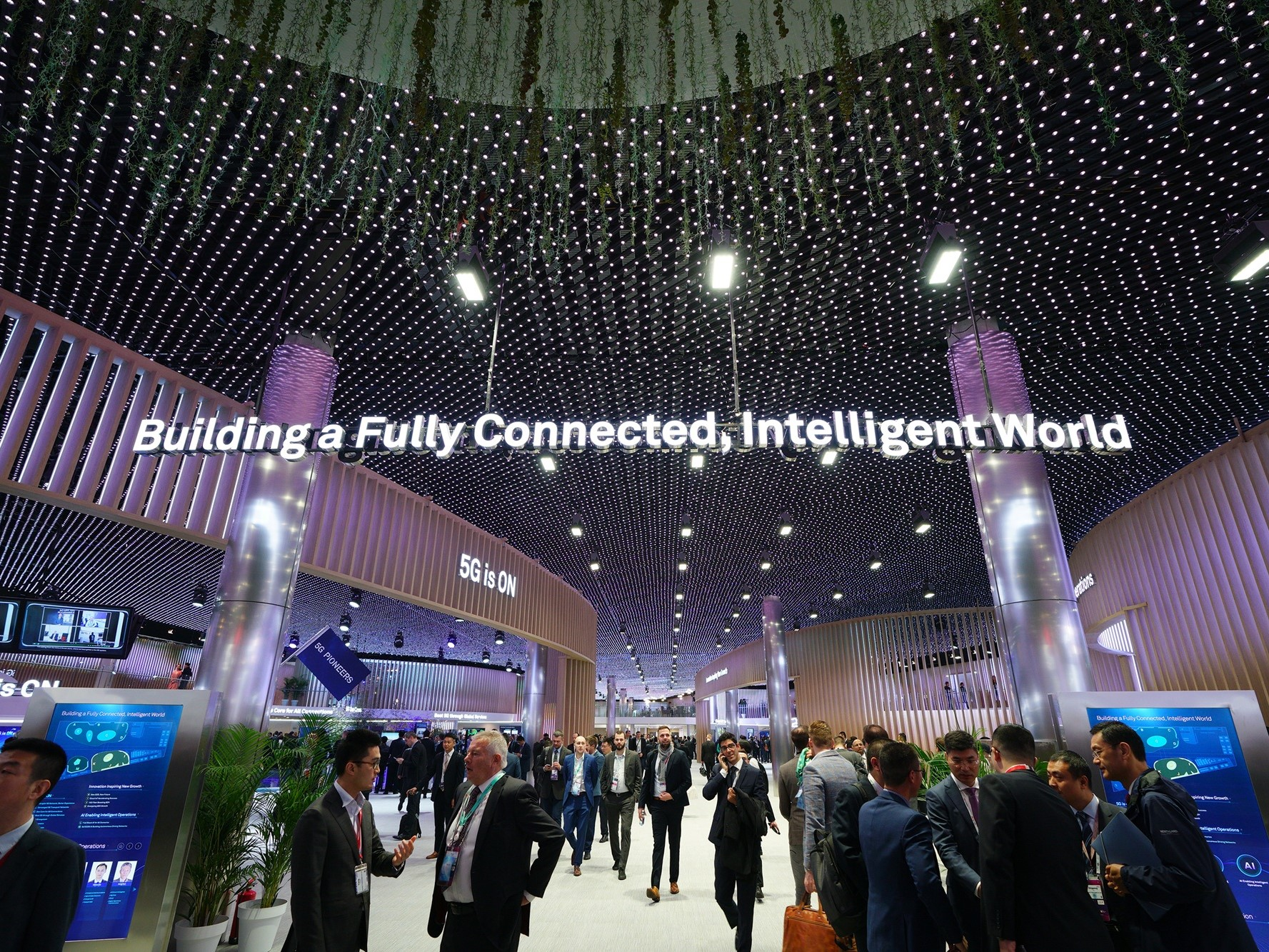 Huawei Releases '10 Trends for 2025'