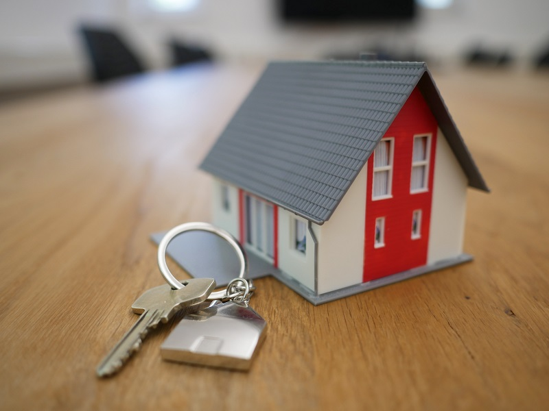 Despite Losses, Danke Apartment Files an IPO Prospectus