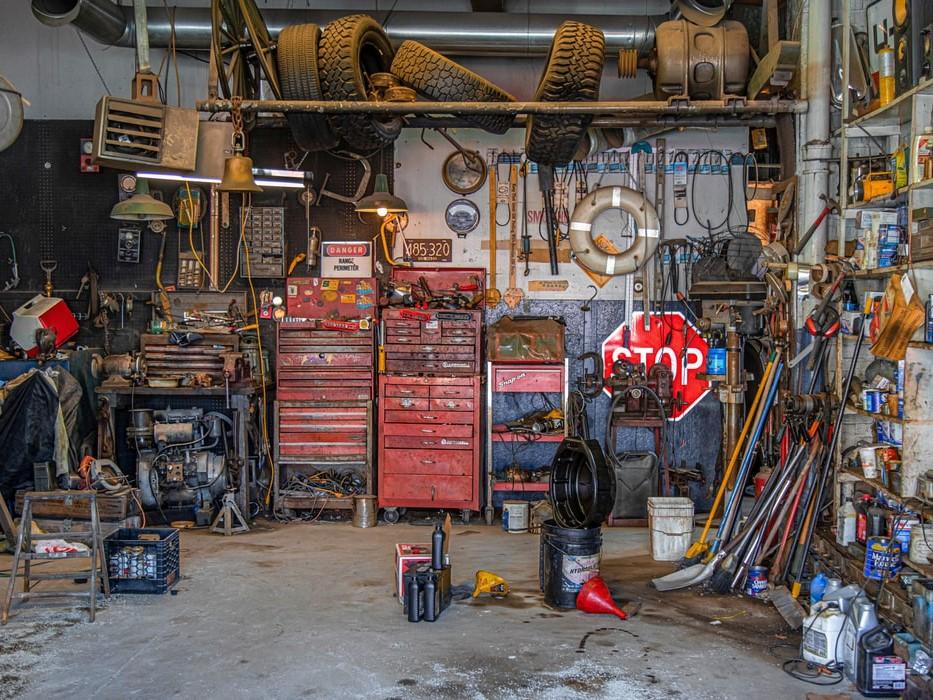 Black metal tool lot. Image Credit: Todd Kent/Unsplash