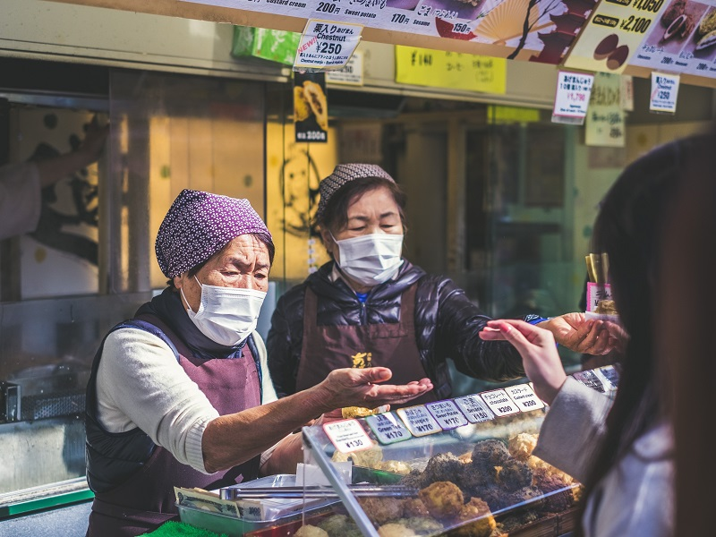 E-commerce Platforms Prohibit Mask Price Rise as Outbreak Leads to Shortages