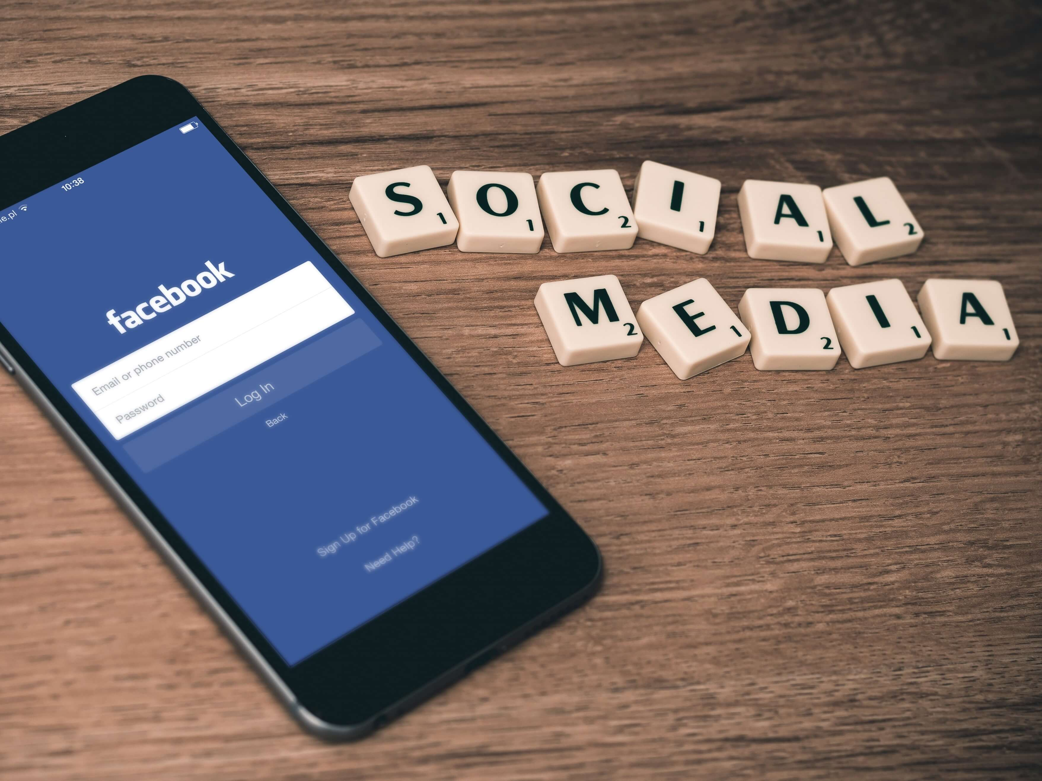 Social marketing is the new sexy. Image Credit: William Iven/Unsplash