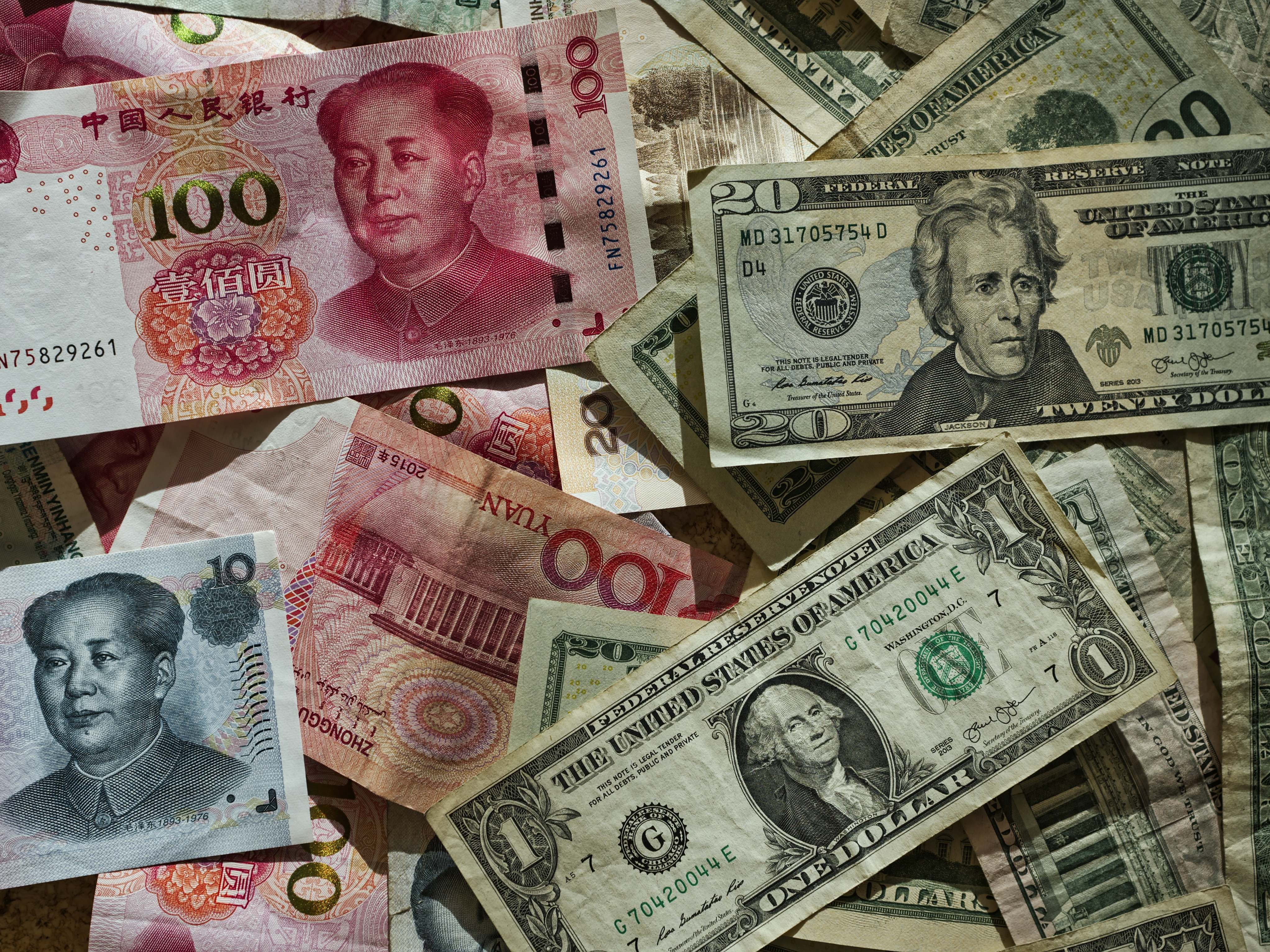 Foreign Investors Hold USD 368 Billion of China's A-Shares