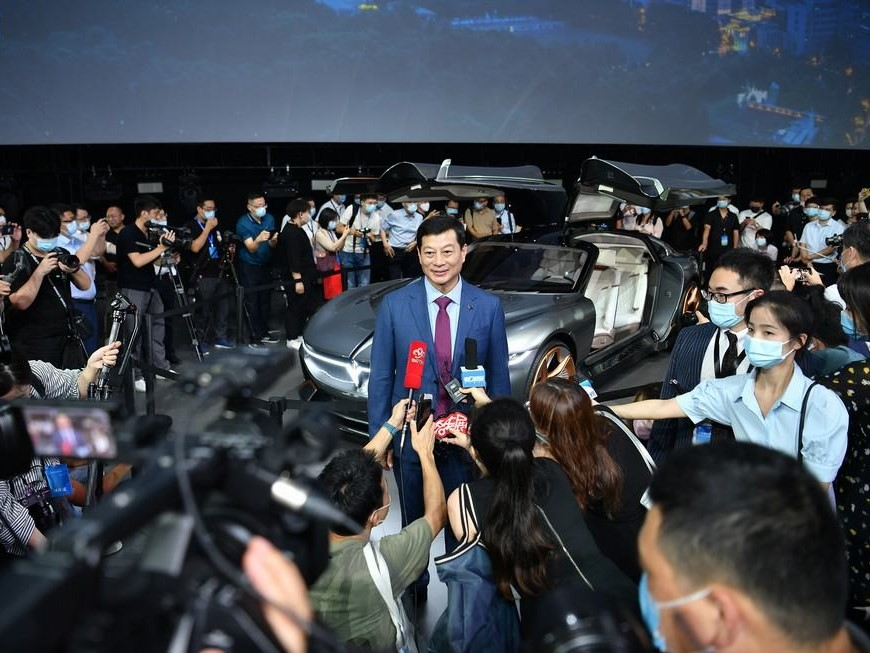 Dongfeng Motor Launches High-end EV Brand VOYAH