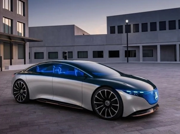 CATL Becomes Primary Battery Supplier for Mercedes-Benz